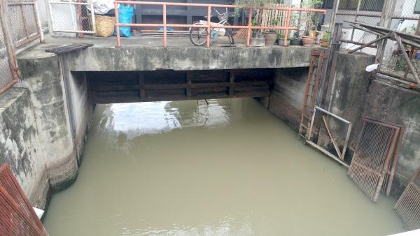 Khlong Gate, June 5, 2017. Photo: Scott Kildall